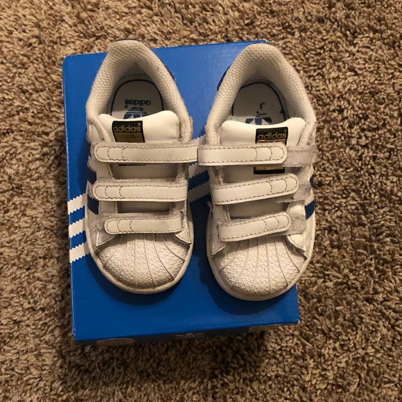 Adidas superstar baby boy shoes size 5.5
